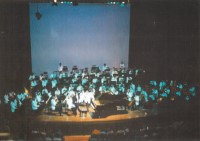 Zavod performing with the Australian Philharmonic Orchestra - click to see an enlarged version of this image