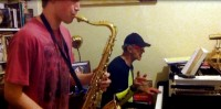 Allan Zavod teaching Jazz Lessons to Saxophonist - click to see an enlarged version of this image